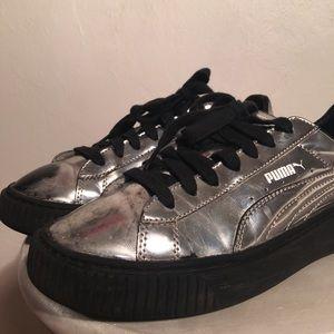 Puma Flatforms in Silver/Chrome
